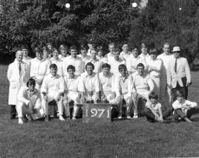 club photo 1971